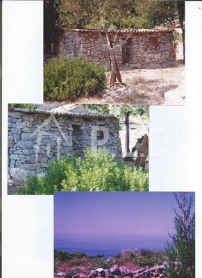 LAND WITH OLD STONE HOUSE for sale - ANTIPAXOS PAXOS